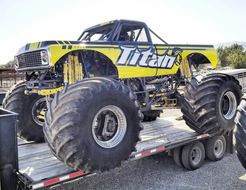 Crusher Hogan machine..jpg